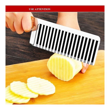 Free shipping French fries wooden handle waves ripple sliced noodles knife handmade knife pull intestinal potatoes Siqie Si device