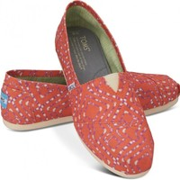 TOMS Coral Geometric Tie-Dyed Women's Vegan Classics Slip-on Shoes,