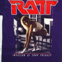 Ratt – Invasion Of Your Privacy Purple Cover Tour '85 T-shirt | Heavyroxx Online T-shirt Shop
