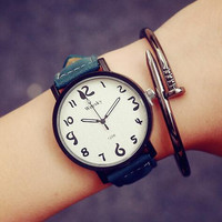 Unisex Casual Leather Watch +Gift Box-02