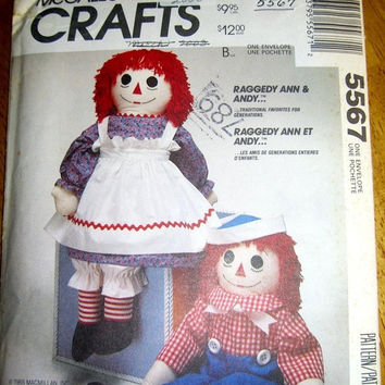 TPR McCall's Crafts sewing pattern Raggedy Ann and Andy 5567 doll and clothes uncut  clothing outfit sew