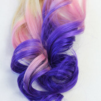 18' Ombre Dip Dyed Clip in Extensions. Top Qualities Hair Fade from Blonde to Lavender, Violet, Full Set 100% Human Hair.