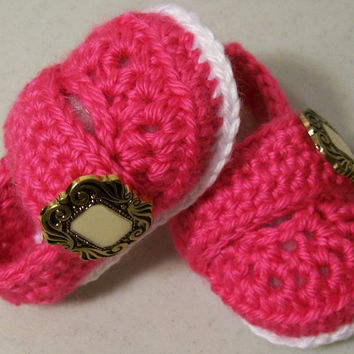 Baby Girl Booties-Baby Girl button shoes--Shoking  Pink and White-Baby Shower Gift - $18.00 - Handmade Babies and Toddlers, Crafts and Unique Gifts by HandmadegiftsbyBarb
