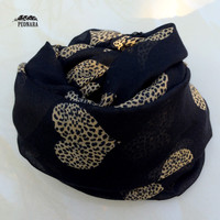 Sweet Heart With Leopard Infinity Scarf
