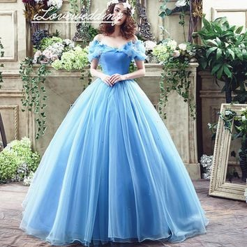 Light Blue Quinceanera Dresses Sweetheart Neckline Sleeves Off the Shoulder Appliques Ball Gown Girl Party Dresses Court Train