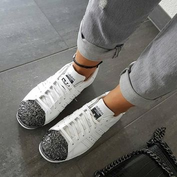 adidas Originals White Superstar 80S Trainers With Black 3D Metal Toe Cap Sneakers Spo
