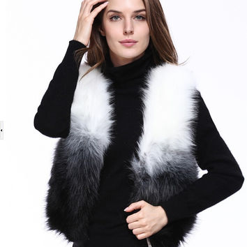 Warm winter in Europe and the United States New imitated Fox Faux fur vest with no sleeves