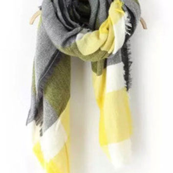 Color-block Plaid Frayed Scarf