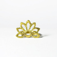 gold sun ring - nature inspired jewelry - lace ring - gold flower ring
