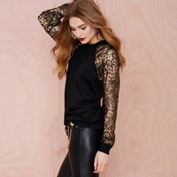 Black Blouse in Floral Lace Long Sleeve