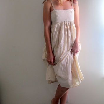 Vintage White Floral Eyelet Dress Long Maxi Knee Length Cream Wedding Bride Bridal Summer Boho Bohemian Free People Style