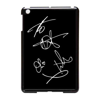 Bring Me To The Horizon Bmth Signatures iPad Mini Case