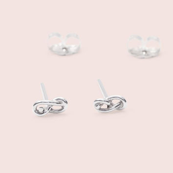 Infinity Knot Studs (Silver)
