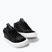 Leather detail hi-top sneaker