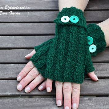 Dark Green Fingerless Mittens , fingerless gloves in handmade , warmers gloves , spring gloves with bottons