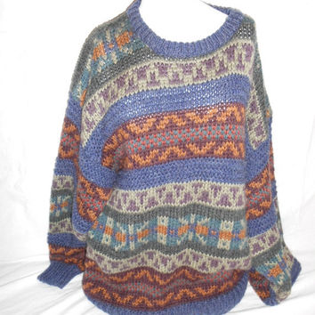 Vintage Clothing SALE Beautiful Warm Winter Sweater 80s       mens men man clothing clothes     XL