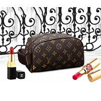 LV Women Fashion makeup bag Cosmetic bag Zipper Satchel Monogram Coffee