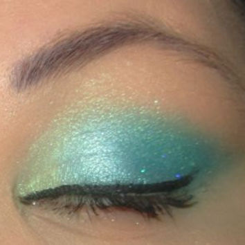 Umiko Blue Green Loose Powder Mineral Eye Shadow