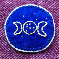 Goddess patch. Virgin, mother and crone symbols. Moon goddess. Feminist patch. Witch patch. Pagan patch. Triple Moon Goddess patch.