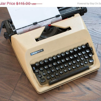 Boxing Day SALE 15%, Working Typewriter, Vintage Manual Typewriter, Triumph Junior 12, Type Writer, Office Home Decor, Studio Decor