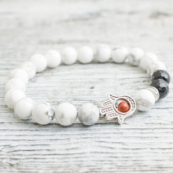 White howlite and faceted onyx beaded silver Hamsa hand stretchy bracelet, made to order yoga bracelet, mens bracelet, womens bracelet