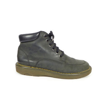 7 UK | DR MARTENS black leather boots / made in england / 6 eye boot / lace up / used docs