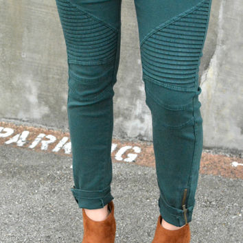 Set Me Free Jeggings - Emerald