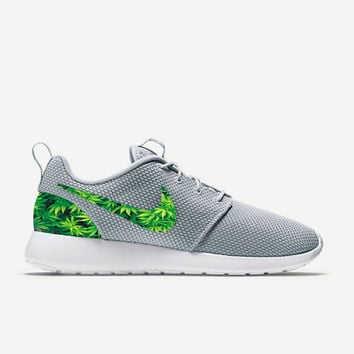 Custom Wolf Grey Weed Leafs Marijuana Nike Roshe Run Shoes Fabric Pattern  Men s Birthd 1cd6edbf80c1