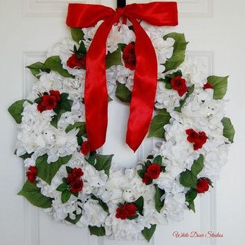 White Christmas Hydrangea Wreath, Front Door Wreath, Winter Wreath, Indoor Wreath, Holiday Wreath