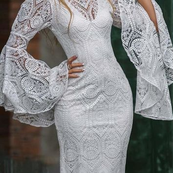 Hot style women's dresses are hot sellers with embroidered lace dresses