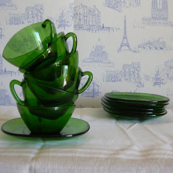 French set of 6 vintage coffee cups in green Vereco