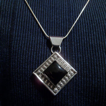 Authentic Navajo,Native American Southwestern sterling silver black onyx diamond shape berry or flower band pendant/necklace.