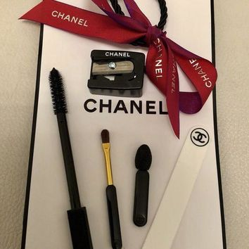 DCCKB3Q CHANEL ACCESSORIES MINI MAKE UP BRUSH SHARPENER GIFT BAG SET BRAND NEW