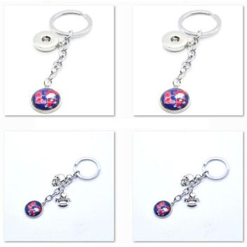2017 New Football Keychain NCAA Mississippi Rebel Charm Key Chain Car Keyring for Women Men Party Birthday Keyrings Gifts