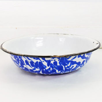 Blue Enamel Bowl, Vintage Graniteware, Blue and White Swirl Enamel Bowl,  Enamelware Mixing Bowl, French Country Bowl, Farmhouse Kitchen