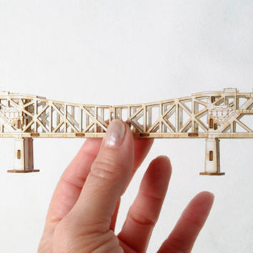 Architectural 3D Model Kit of the Broadway Bridge Portland Oregon