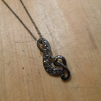 Rhinestone Music Treble Clef Necklace | Candy's Cottage