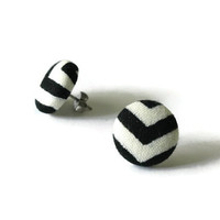 Chevron Earings, Black Chevron, White Black, Black and White, Chevron, Black White, Chevron Earrings, Button Earring, Chevron Earring, Studs