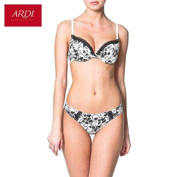 Woman's Push Up Bra and Briefs of String Set Underwear Satin Floral Printing
