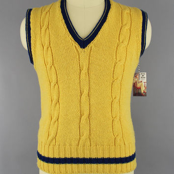 Vintage 1970s Sweater Vest / 70s Sweater / 1980s Preppy Yellow Wool Sweater / Cable Knit / Woody's