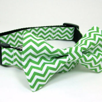 Chevron Green and White Dog Collar with bow tie set  (Mini,X-Small,Small,Medium ,Large or X-Large Size)- Adjustable