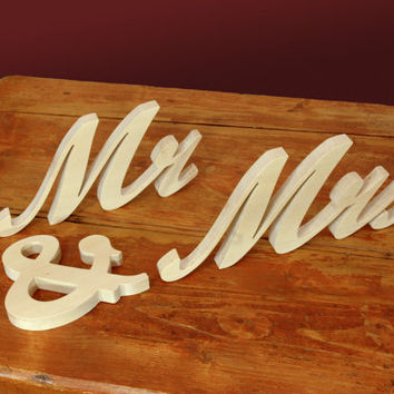 4 inches Mr and Mrs Wooden Wedding Sign, Mr, Mrs Free Standing Wood Words and Letters for Wedding Decors and Photo Props