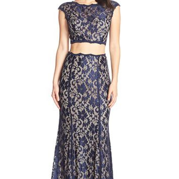 Women's Xscape Two-Piece Lace Gown,