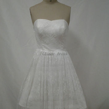 cute white tulle lace bridesmaid dress    a-line knee length bridesmaid gowns    cheap strapless prom dress romantic bridesmaid gowns
