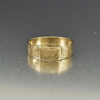 Antique 14K Gold Engraved Initial Signet Ring