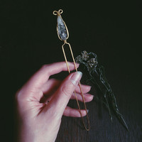 raw crystal hair stick - green amethyst crystal hair piece - metal hair stick - witchy hair jewelry - fairy hair fork