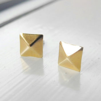 Pyramid Earring Studs,Square Pyramid Earrings,Golden Brass Earring Studs,Pyramid Jewelry,Geometric Earrings,Hypoallergenic Earrings