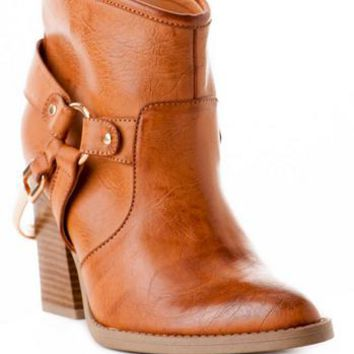 Quinn Shoes, Dakota Ankle Bootie