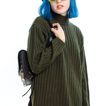 Not-Quite-Vintage Y2K Extreme Gear Forest Green Pullover - One Size Fits Many
