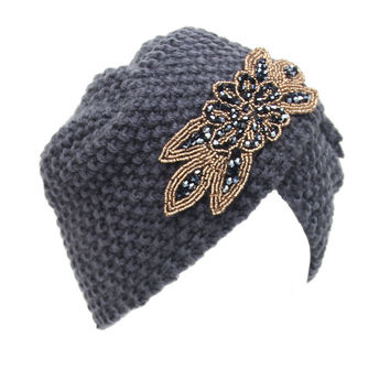 New Style Knitted Floral Woolen Hats With Metal Jewel Accessories For Lady Women Winter Warm Turban Caps Beanies